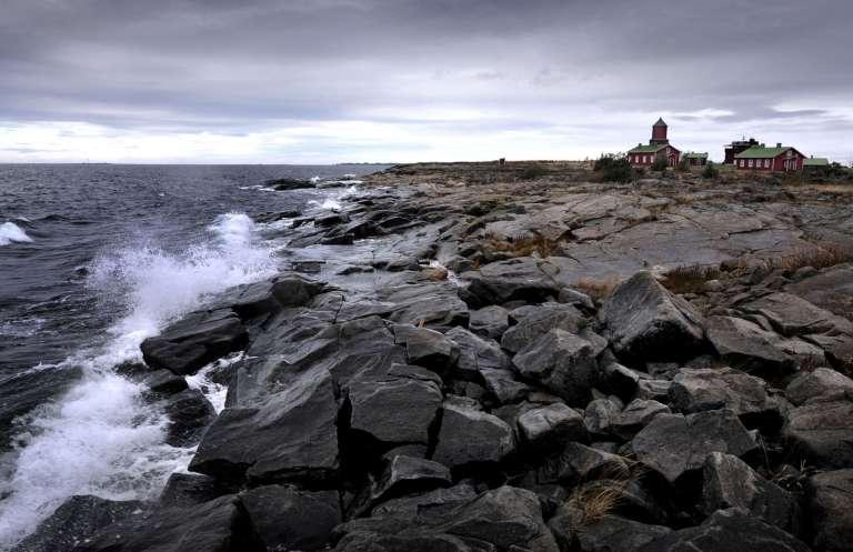 Merenkurkun ulkosaaret ovat karuja mutta kauniita.