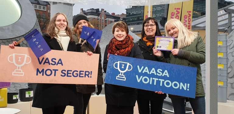 I love muovi -kampanjan Vaasan joukkue Helsingissä