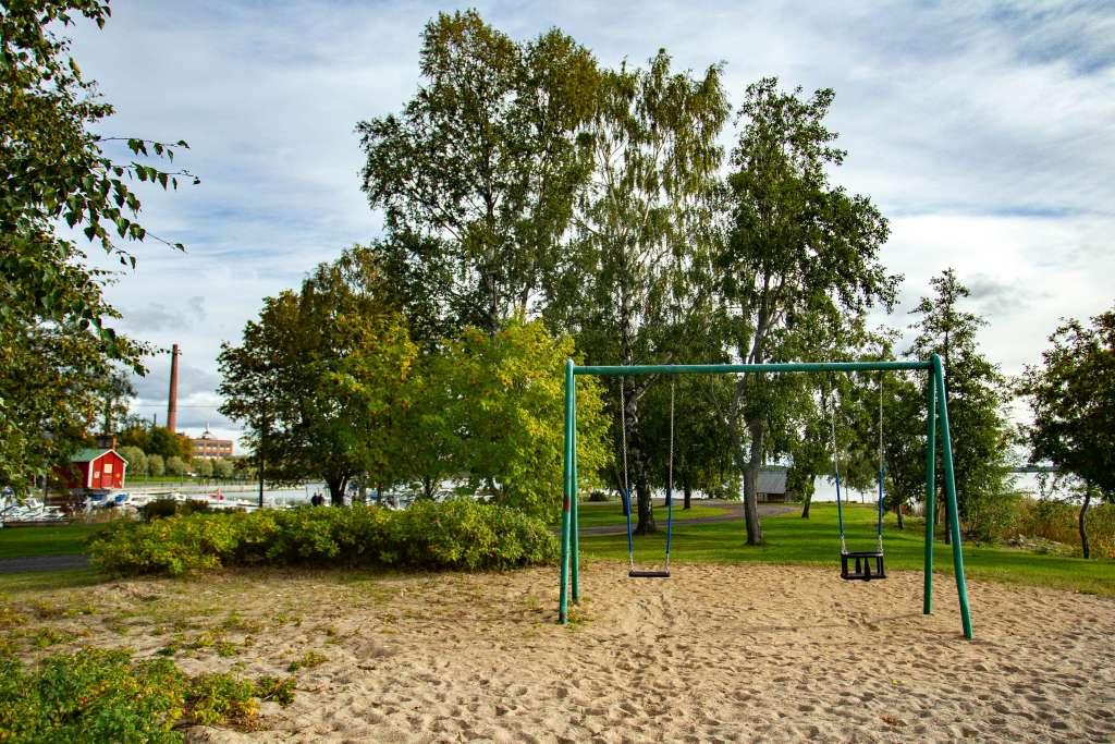 Mansikkasaaren puisto