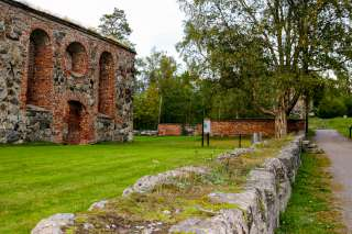 Pyhän Marian kirkonpuisto