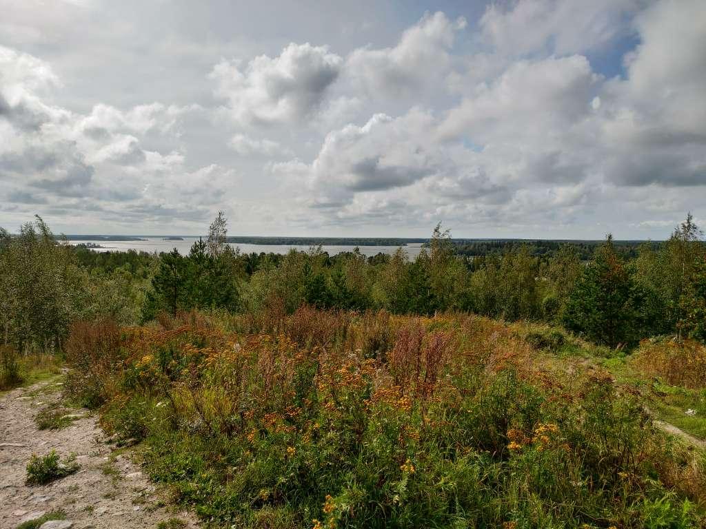 Utsikt från Gerbyberget till havet