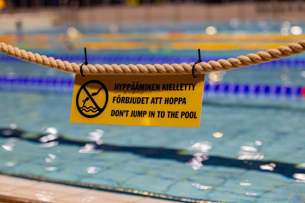 Uimahallissa 5